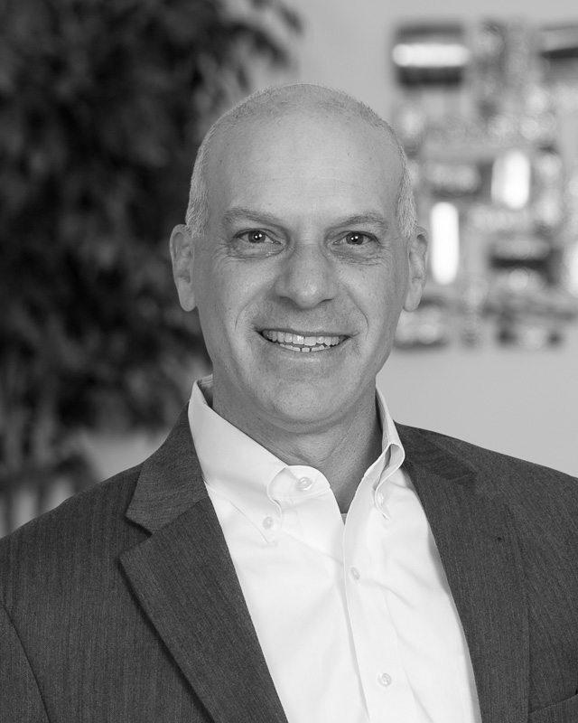 Daniel Messing, expert on wholesale retail